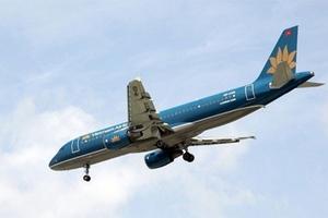 Máy bay suýt gây họa vì nhầm lệnh hạ cánh