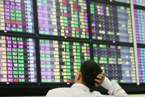 VN-Index giảm mạnh, về gần mức 380 điểm