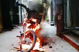 Xe máy cháy khi vừa khởi động