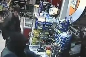 Khi cướp gặp say xỉn