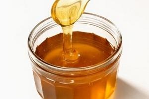 Ngộ độc do dùng mật ong đánh tưa lưỡi