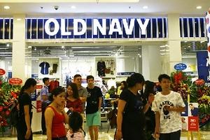 Old Navy khai trương cửa hàng đầu tiên ở Hà Nội
