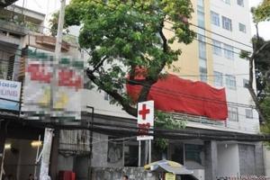 """Phát hiện 1 phòng khám gia truyền """"chui"""" hoạt động giữa phố"""