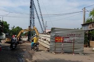 Tiền Giang: Dân phản ánh doanh nghiệp làm cầu kém chất lượng, gây tai nạn giao thông