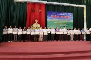 """Huyện Phú Xuyên (Hà Nội): Sơ kết giữa nhiệm kỳ về """"Phát triển nông nghiệp, xây dựng nông thôn mới, nâng cao đời sống nông dân"""""""