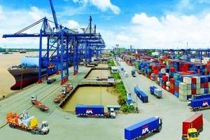 Cán cân thương mại của Việt Nam thặng dư hơn 2,57 tỷ USD trong nửa đầu năm 2018