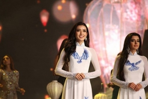Huyền My xin lỗi khán giả vì trượt Top 5 Hoa hậu Hòa bình Thế giới 2017