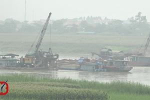 Cát tặc tiếp tục lộng hành trên sông Lô