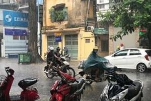 """Thủ đô Hà Nội được """"giải nhiệt"""" sau cơn mưa"""" vàng"""""""