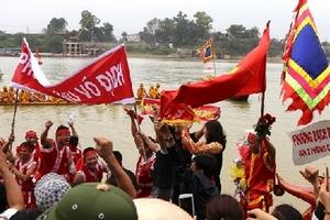 Độc đáo lễ hội bơi chải truyền thống trên sông Lô