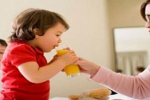 Phụ huynh hoàn toàn có thể can thiệp cho trẻ chậm nói ngay tại nhà