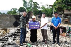 Vinamilk hỗ trợ 3 tỷ cho người dân vùng lũ Yên Bái, Hòa Bình, Thanh Hóa