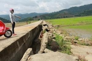 Đắk Lắk: Đê 300 tỷ đồng xuống cấp nghiêm trọng, nông dân thấp thỏm lo âu