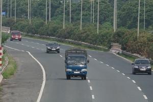 Đề xuất đầu tư 50.000 tỷ đồng xây dựng cao tốc Hòa Bình - Sơn La