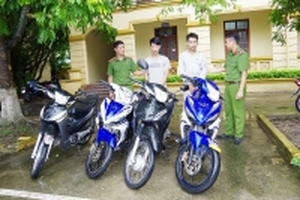 Hà Nam: Bắt giữ 2 thanh niên 9X trộm xe máy