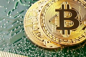 Trở thành triệu phú đô la với xe cổ và Bitcoin