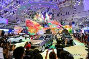 VMS 2017: Triển lãm Ô tô Việt Nam 2017 khai mạc với hơn 80 mẫu xe được trưng bày