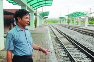 Đường sắt ngàn tỷ chở... vài khách mỗi ngày