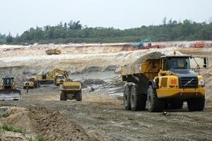 Rà soát lại thủ tục đầu tư mỏ sắt Thạch Khê