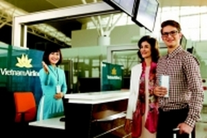 Tự làm thủ tục bay: hành khách lợi đủ đường