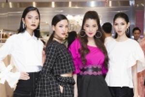 Kim Dung 'môi thâm' chất lừ hội ngộ top 3 cùng host Trương Ngọc Ánh