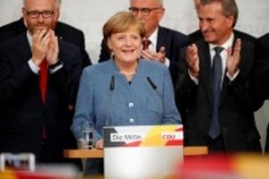 Bà Merkel tiếp tục làm Thủ tướng Đức nhiệm kỳ thứ tư