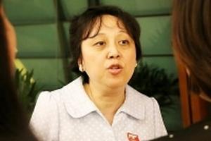 Bà Phạm Khánh Phong Lan: 'Hãy giao hết việc quản lý thực phẩm cho chúng tôi'