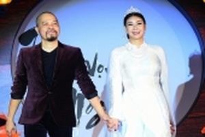 Hoa hậu Hà Kiều Anh hóa thân thành chị Hằng Nga trong bộ sưu tập áo dài Thu Vọng Nguyệt