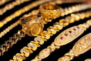 Giá vàng SJC hôm nay (21/11) đồng loạt giảm, tỷ giá trung tâm tăng lần đầu tiên trong gần một tuần