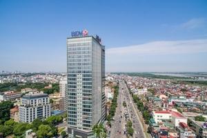 Tăng trưởng tín dụng và những thách thức của ngành ngân hàng Việt Nam