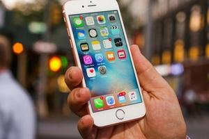 Hai Luật sư Việt Nam đâm đơn kiện 'ông lớn' sản xuất iPhone
