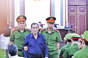 Lãnh đạo Sacombank mong HĐXX giảm nhẹ hình phạt cho ông Trầm Bê và Phan Huy Khang