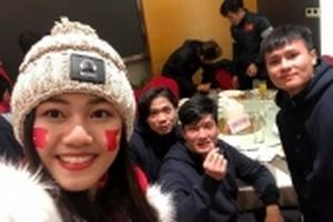 Không phải Hoa hậu Mỹ Linh, đây mới là cô gái tiếp cận với những chàng trai U23 Việt Nam sau Chung kết