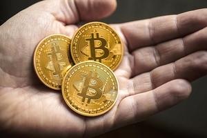Giá bitcoin hôm nay (2/2): Thị trường bay hơn 150 tỷ USD trong ba ngày