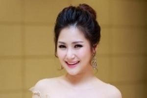 Không chỉ hát hay, Hương Tràm còn viết lời mới xúc động cho 'Em gái mưa' dành tặng mẹ