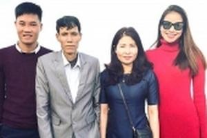 Phạm Hương: 'Tôi hối hận khi chưa một lần đưa bố du xuân'
