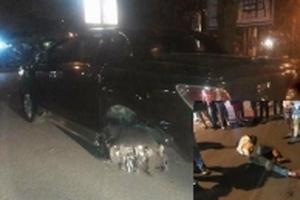 Xe ô tô gây tai nạn, cuốn người đàn ông đi xe máy vào gầm, kéo lê cả trăm mét