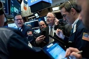Thị trường chứng khoán Mỹ đỏ lửa phiên thứ Sáu nhưng các chỉ số chính ghi nhận tuần bứt phá