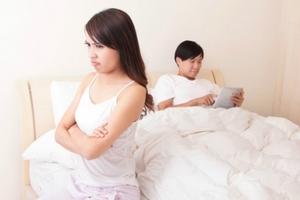 8 hành động hủy hoại hôn nhân chẳng kém ngoại tình