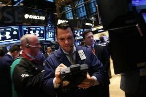 Thị trường chứng khoán Mỹ bứt phá phiên thứ Hai khi nỗi lo về chiến tranh Syria 'hạ nhiệt'