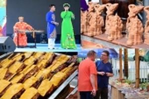 Ấn tượng lễ khai mạc chương trình Giao lưu văn hóa – Thương mại các nước ASEAN 2018 tại Tp Hồ Chí Minh