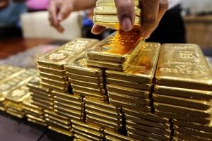Giá vàng hôm nay (28/4) tăng do giá USD và lãi suất trái phiếu chính phủ Mỹ rơi khỏi đỉnh