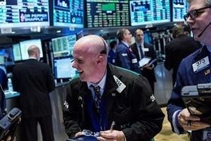 Chứng khoán Mỹ ngày 30/4: Dow Jones giảm gần 150 điểm nhưng tăng tính trong cả tháng Tư