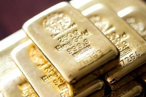 Giá vàng hôm nay (8/5) đi xuống do giá USD duy trì gần đỉnh 4 tháng