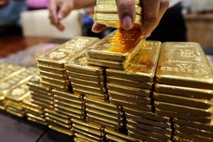 Giá vàng hôm nay (16/5) xuống thấp nhất kể từ đầu năm