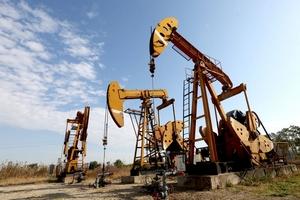 Giá dầu hôm nay (13/6) giảm nhẹ do sản lượng của OPEC tăng