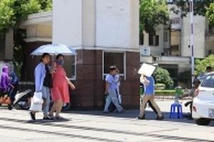 Dự báo thời tiết hôm nay 4/7: Hà Nội vẫn nóng nghẹt thở 3 ngày nữa