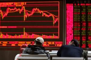 Trung Quốc lao đao, chứng khoán Hong Kong từ đỉnh vinh quang xuống tận cùng đau khổ