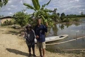 Nông dân Thái chấp nhận mất lúa, mất vịt để cứu đội bóng