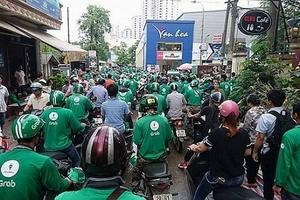 Chạy đua với Go Viet, Grab tung chương trình thưởng nóng 220.000 đồng/ngày